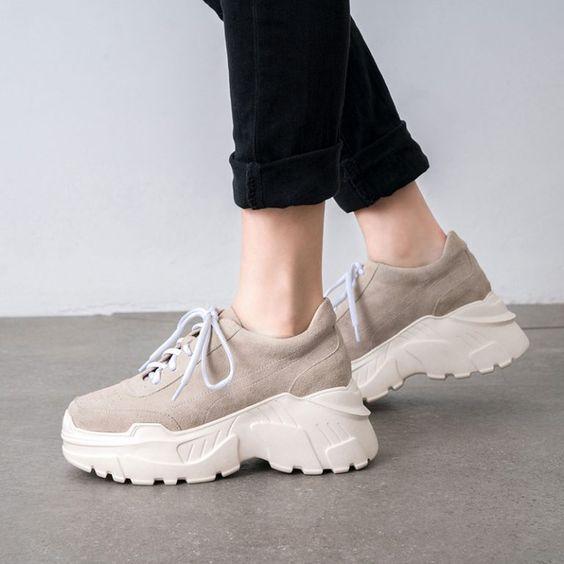 Кроссовки на весну 2020