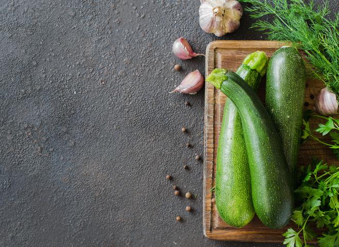 Кабачки в томате на зиму: простой и вкусный рецепт