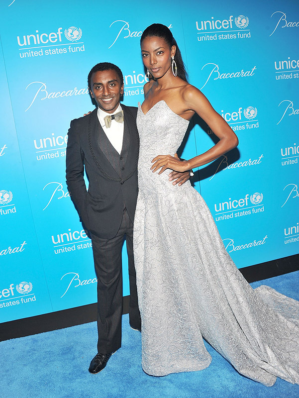 2011 UNICEF Snowflake Ball