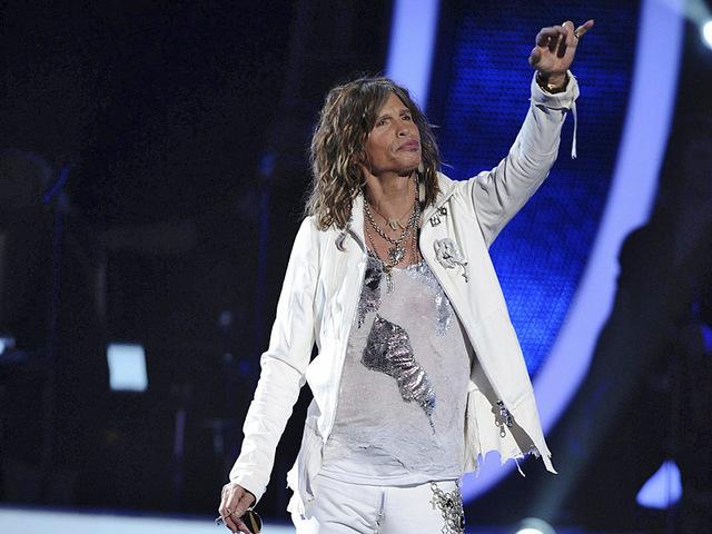 American Idol Grand Finale 2011