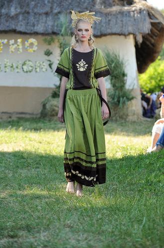 Коллекции Этно-fashion на фестивале «Країна Мрій»: SVITLO