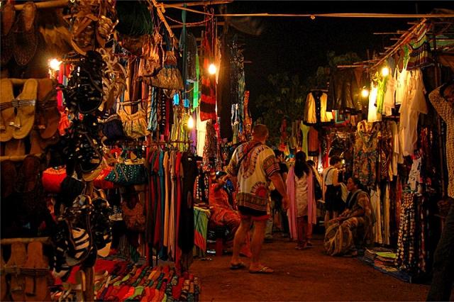 Индийские базары: рынок в Арпоре, Гоа