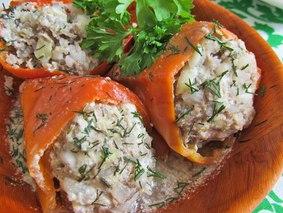 Перцы фаршированные говядиной, рисом и цукини