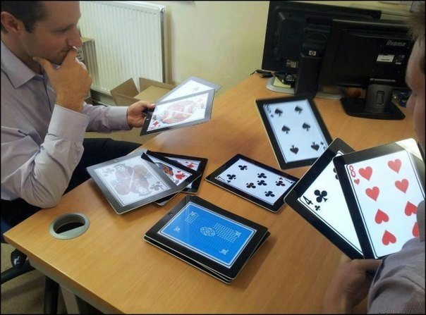 Как богачи играют в карты.