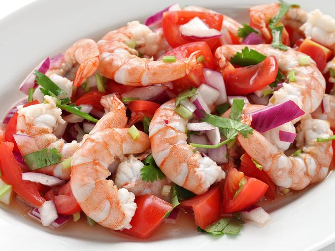 Рецепты салатов к праздничному столу 2014, Салат с креветками