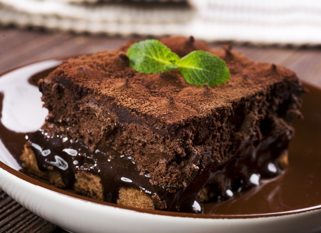 Крем для торта, шоколадний торт