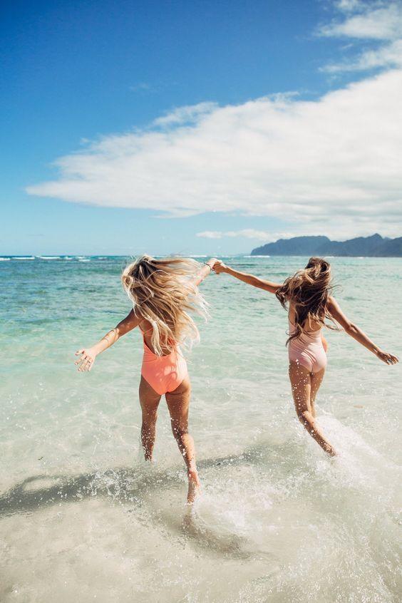 Небанальні ідеї для пляжних фото