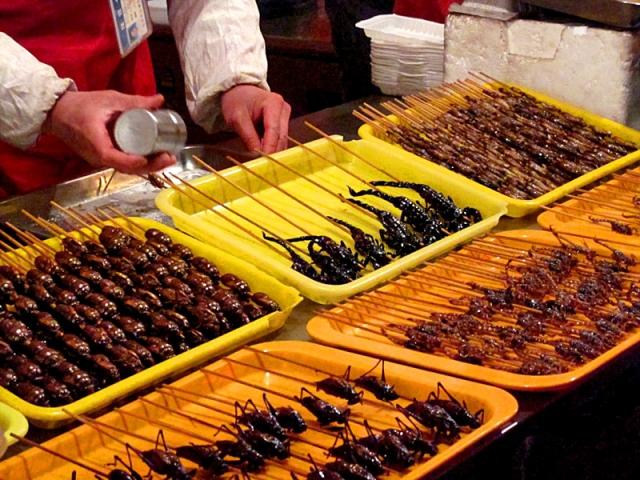 Шокирующая Азия: Еда из жуков