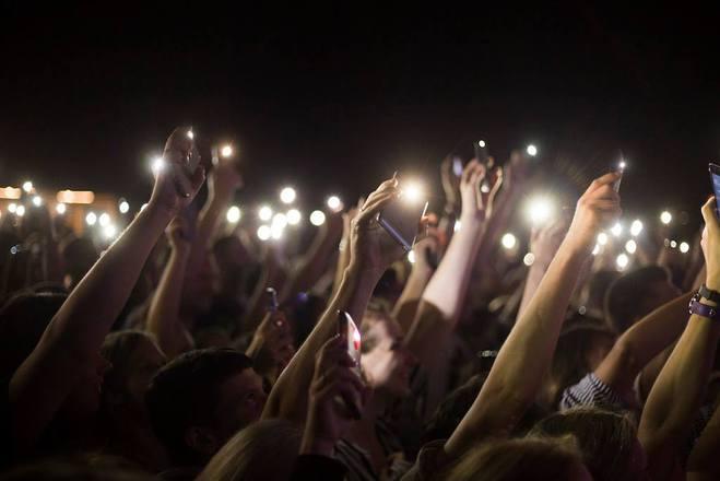 """Акустический концерт """"Best songs of SKAY"""" зажег огни на городской крыше"""