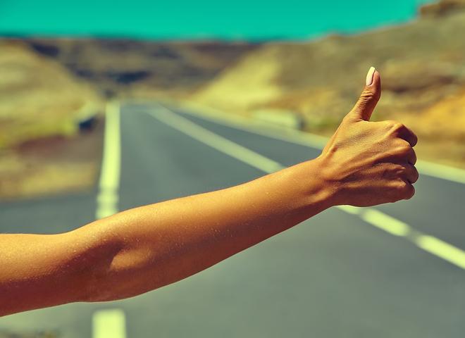 Какие жесты нужно знать при путешествиях автостопом?