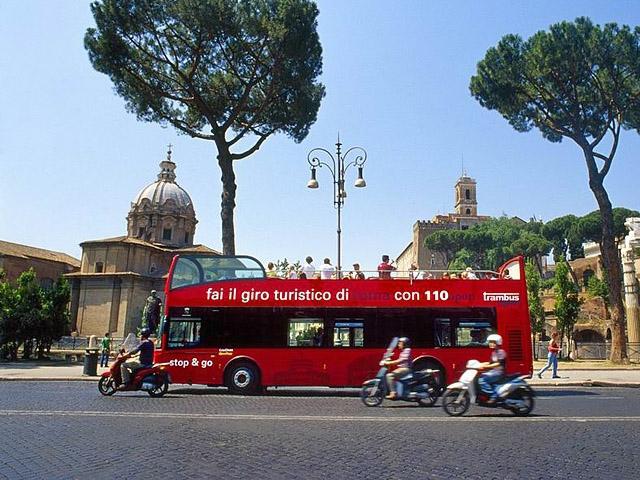 Достопримечательности Рима: Экскурсионный автобус  110 open