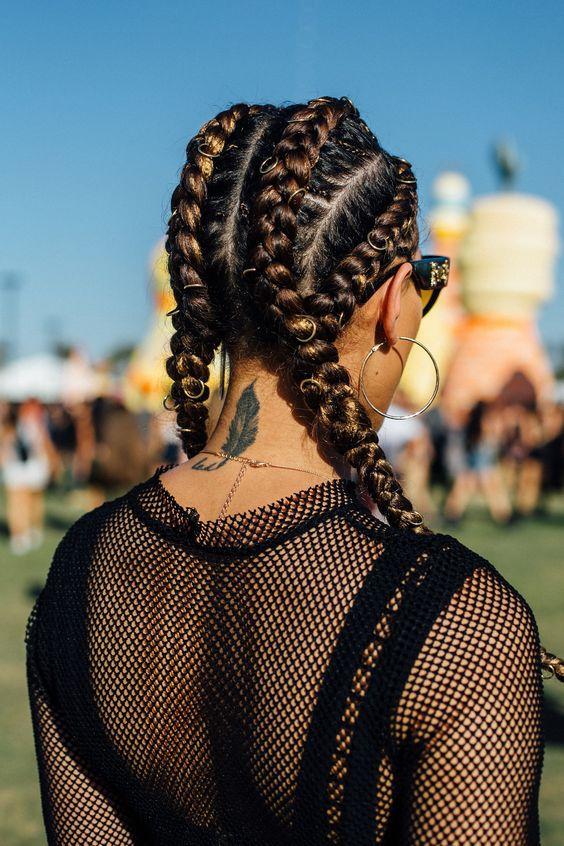 Косички: модные прически на грязные волосы