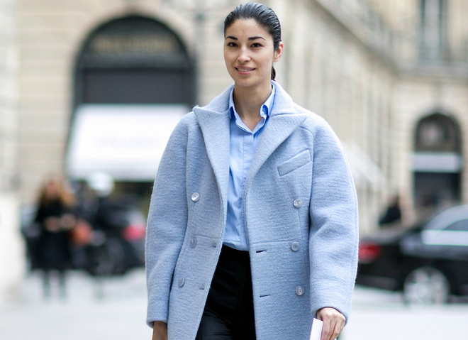 Пальта та шуби в кольорах Pantone: street style
