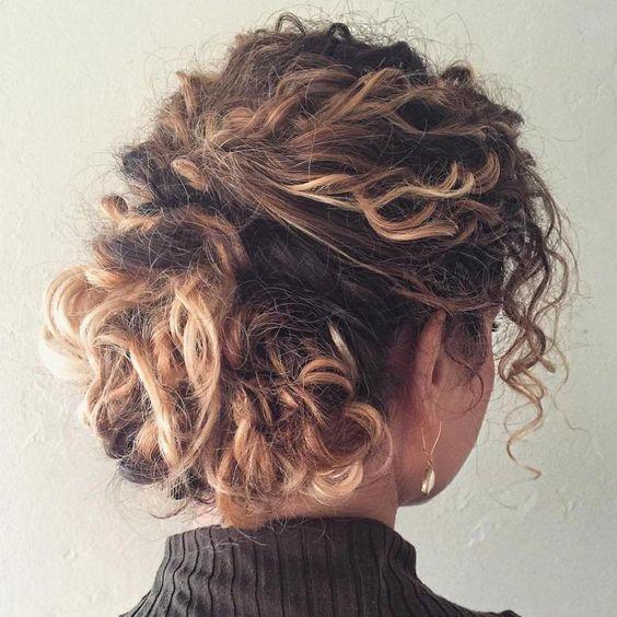 Укладка для вьющихся волос