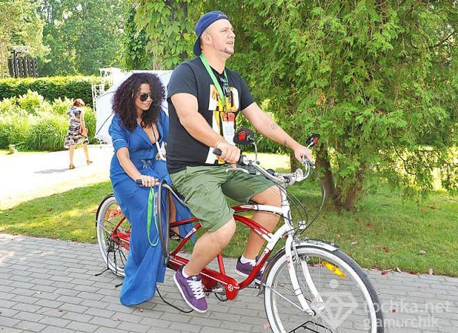 Потап и Настя пересели на велосипед в Юрмале