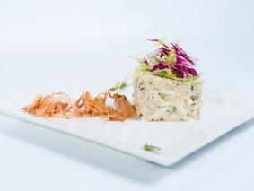 Рисовый салат с крабовыми палочками