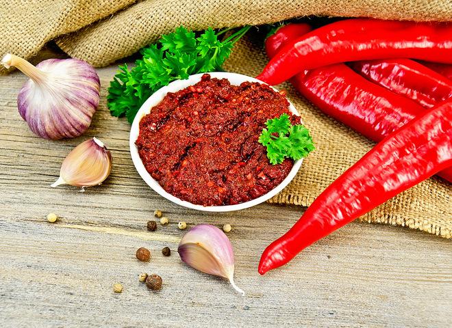 Картинки по запросу картинки Чили-аджика с горьким перцем