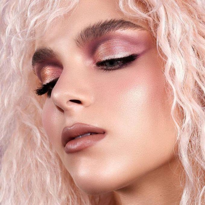 Модный макияж в розовых оттенках: как повторить