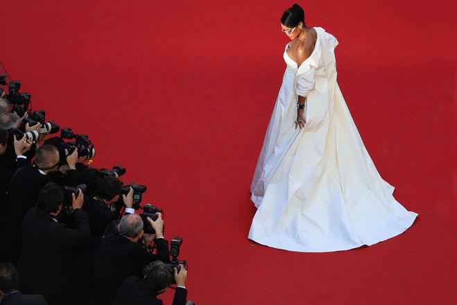 Рианна (беременна СМИ фото)