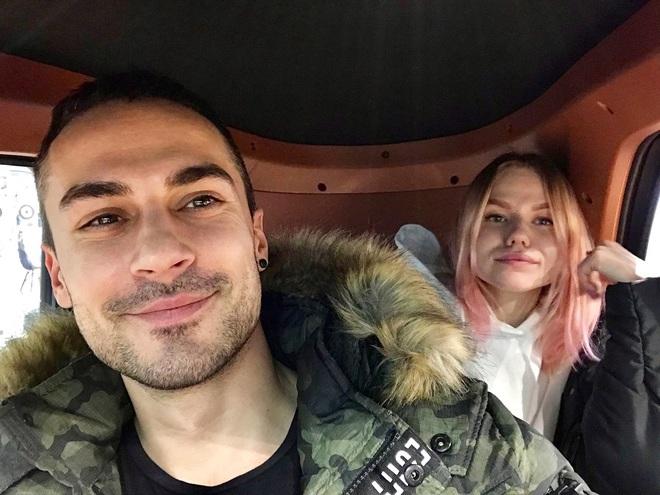 Микита Вакулюк з дівчиною