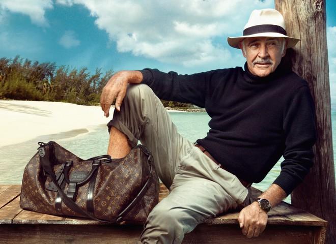 Чемоданы Louis Vuitton сопровождают Шона Коннери