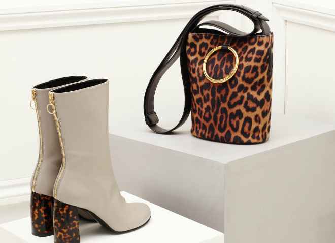Stella McCartney Fall 2016 accessories