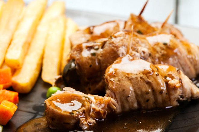 Пасхальное меню: ТОП-10 рецептов мясных блюд с фото