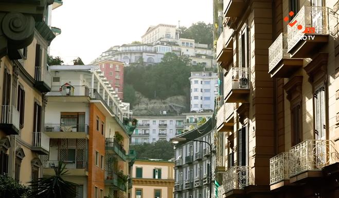Самый красивый район Неаполя: куда пойти туристу