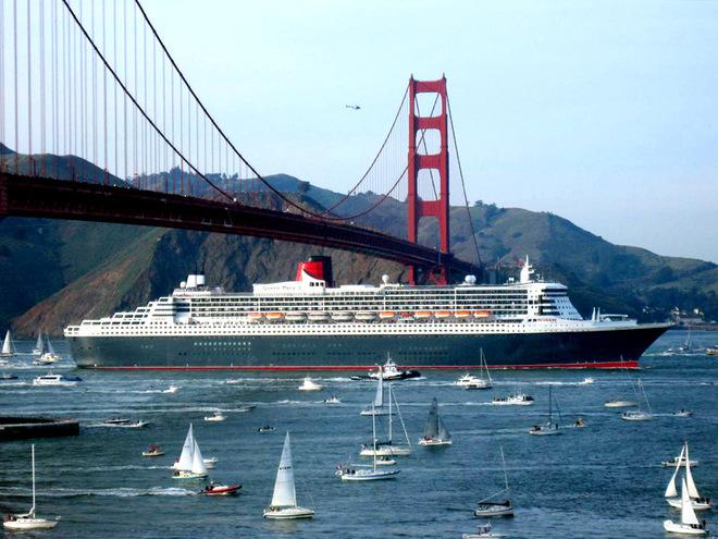 Топ-10 найбільших круїзних лайнерів