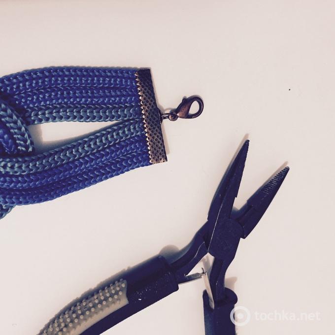 Браслет из шнурков за 15 минут от Алины Сердюк: мастер-класс