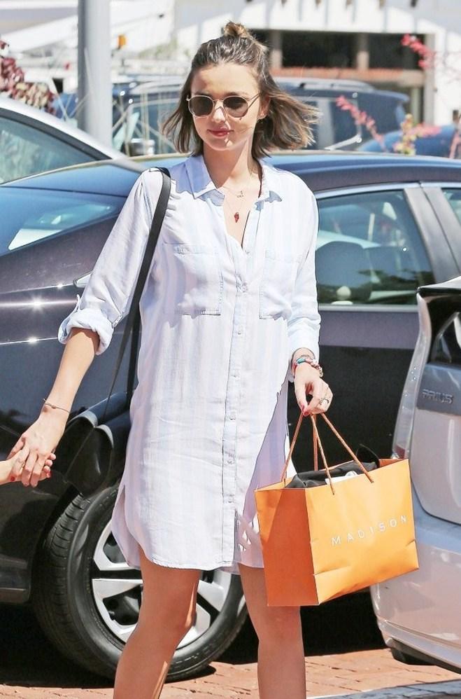 Як носити плаття-сорочку: лутній лук Міранди Керр