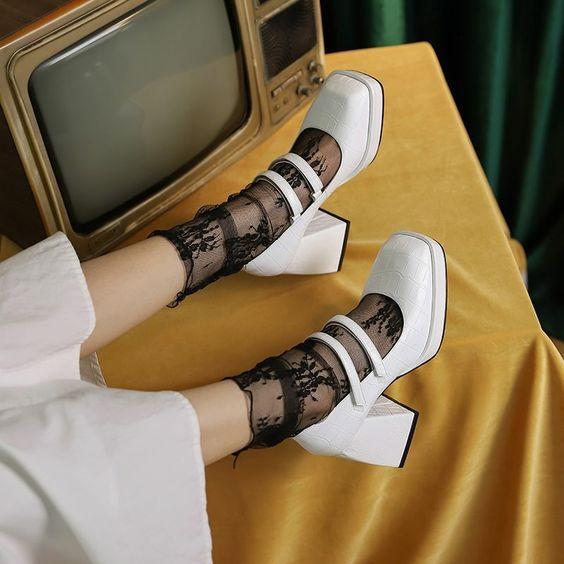Модне взуття весна 2021