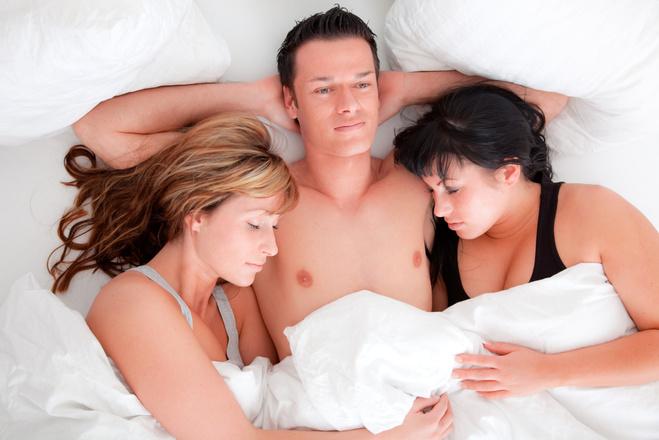 мега видео секс семьи втроем с другом красивый нежный фантазийный кольпоскопии