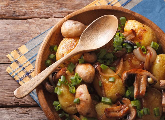 Рецепты: молодая картошка в духовке