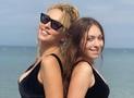 Оля Полякова и Маша Полякова