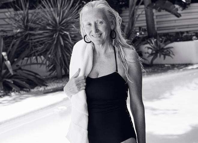 60-річна Гілліан Маклауд в рекламі купальників H&M