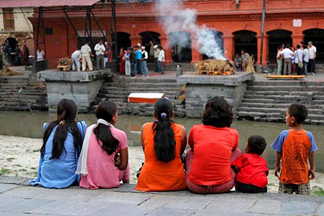 Похороны в индии традиции памятники из гранита во владивостоке