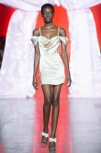 Показ LALLIER: UFW noseason sept 2021 на Ukrainian Fashion Week noseason sept 2021