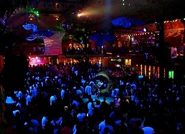 Цікаві місця Верони: Berfi's Club