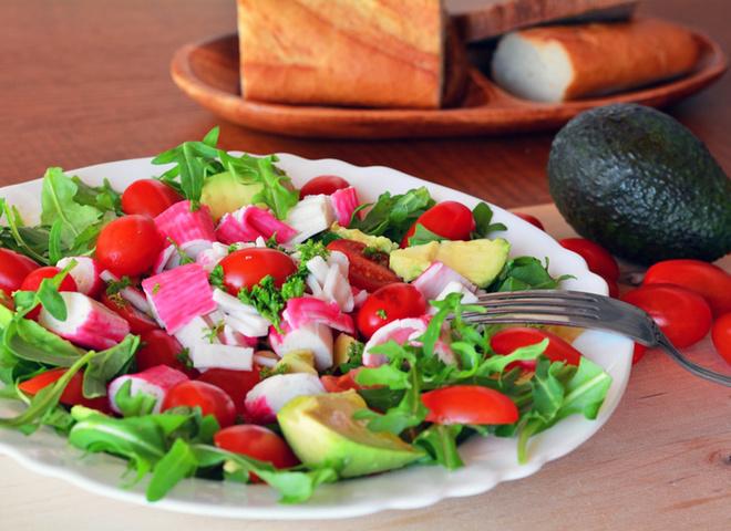 Салат с крабовыми палочками, рецепт, как готовить, готовим дома, вкусно