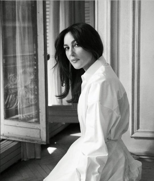 Моника Белуччи для французского ELLE