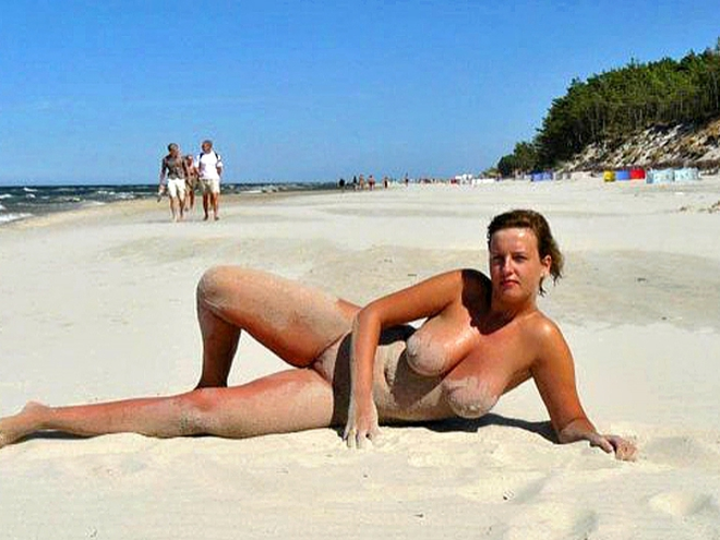 Голые Юноша На Пляже В Чернагории