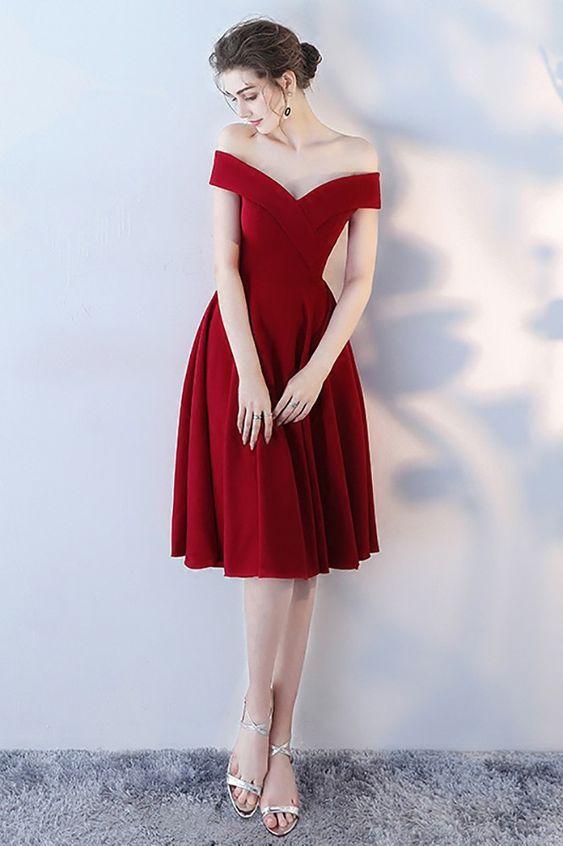 Время страсти: 10 платьев на День святого Валентина в красном цвете