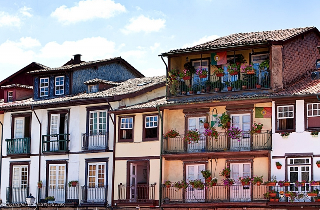 Куди поїхати на один день з Порту: місто Гімараєш