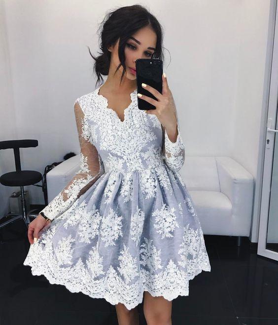 Маленька сукня на випускний