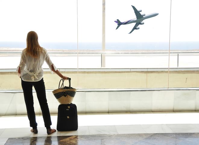 5 правил, як зробити політ на літаку комфортним