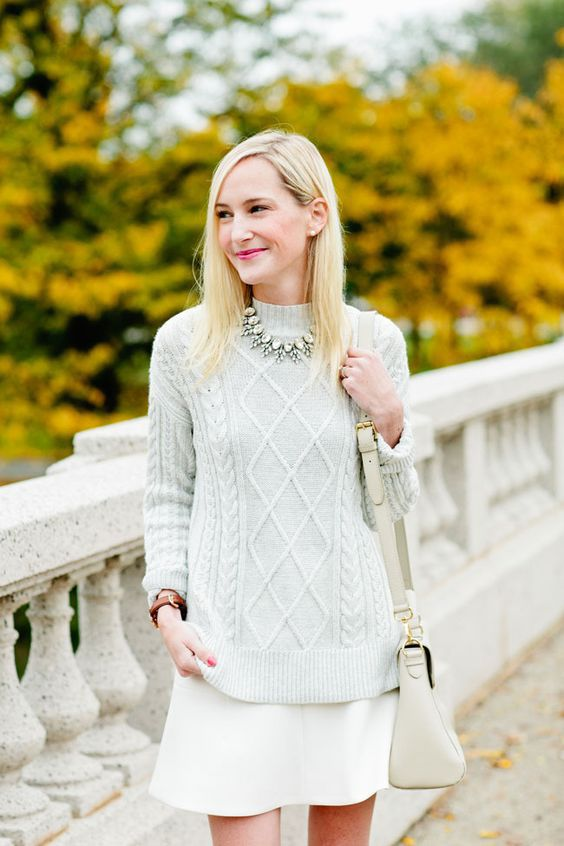 Як носити total white в прохолодну погоду (фото)