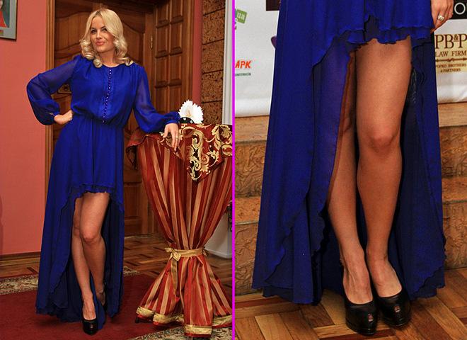 Маша Гойя показала ноги