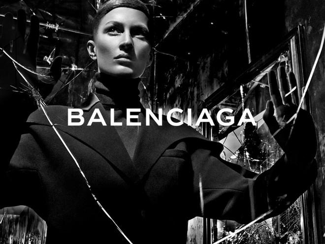 Рекламная кампания Balenciaga