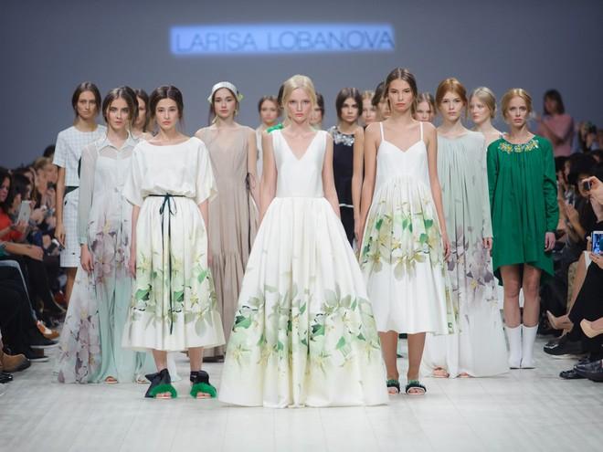 LARISA LOBANOVA ss 2016